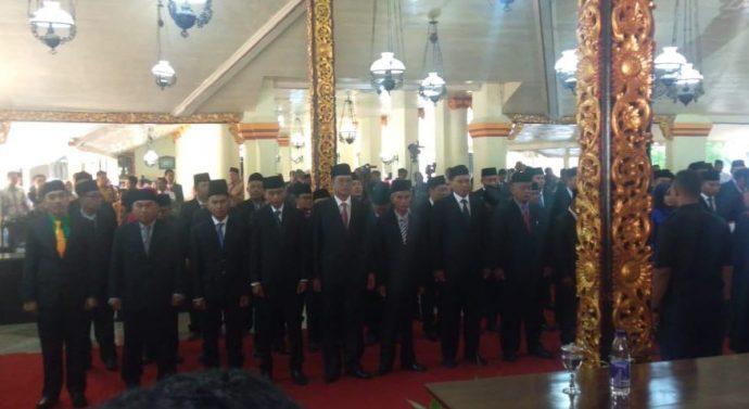 PENGUCAPAN SUMPAH JABATAN, 50 ANGGOTA TERPILIH DPRD KABUPATEN SUMENEP  PERIODE 2019-2024