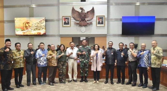 KASUM TNI IKUT RAKER PANSUS PEMINDAHAN IBUKOTA NEGARA