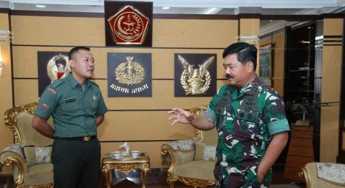 Anggota TNI Berpangkat Kopda Kuasai Tujuh Bahasa Asing