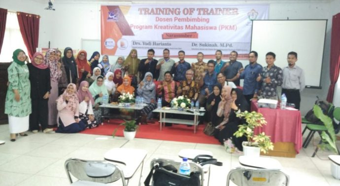 KEMBANGKAN PROGRAM KREATIVITAS MAHASISWA (PKM), UNIVERSITAS MALIKUSSALEH MENGADAKAN TRAINING OF TRAINER BAGI DOSEN PEMBIMBING