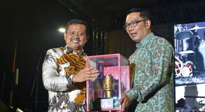 GUBERNUR JABAR RIDWAN KAMIL TUTUP WJPWC 2019