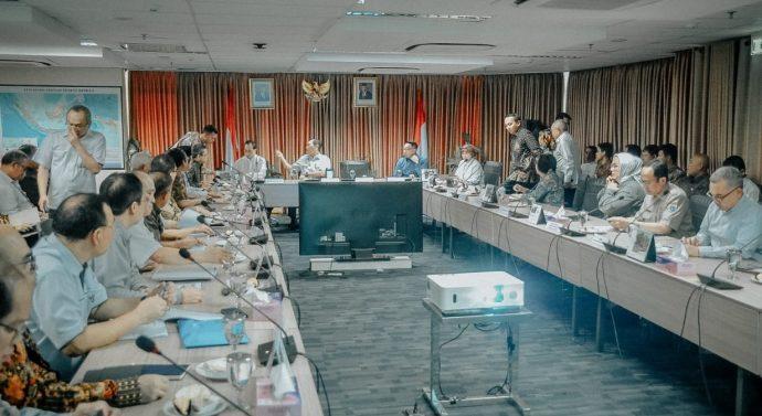 RAKOR PERCEPATAN PEMBANGUNAN HIGH SPEED TRAIN JAKARTA – BANDUNG
