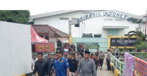 AKSI DEMO KARYAWAN PT.FASIC INDONESIA YANG DI PHK SECARA SEPIHAK