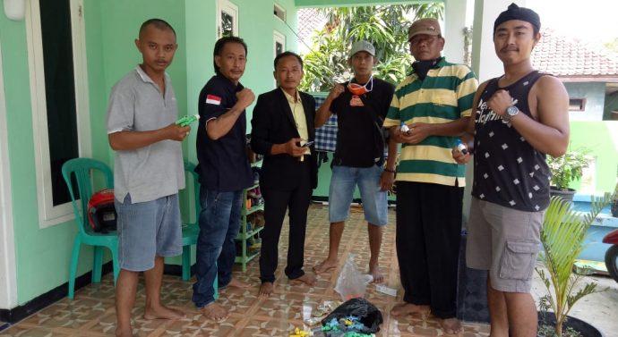 KARANG TARUNA DESA LABAN SARI BAGIKAN TEMPAT CUCI TANGAN DISETIAP TEMPAT IBADAH