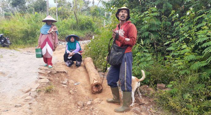Kebahagiaan Keluarga Dedi Supriadi dan mak juju di Lokasi TMMD 108 Kodim 0611/Garut