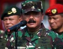 PANGLIMA TNI MARSEKAL HADI TJAHJANTO NAIKAN PANGKAT 19 PATI TNI-AD DAN 3 PATI TNI-AL