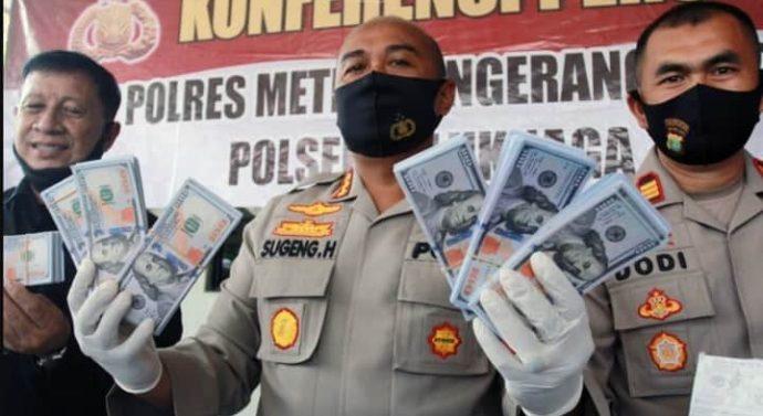 Polres Tangerang Kota Tangkap Pelaku Pembuat Uang Palsu, 6.800 Lembar Uang Pecahan 100 Dollar Palsu Disita