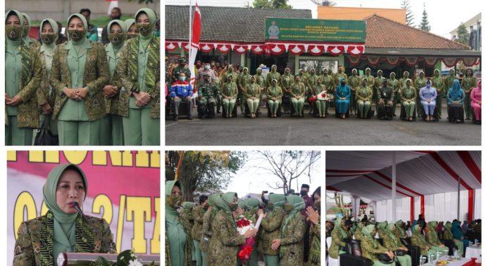 Ketua Persit KCK PD III/Siliwangi Sambangi Launching Budidaya Magot Dan Azzola Diwilayah Koramil 1204/Ciawi Kodim 0612/Tasikmalaya Korem 062/Tn