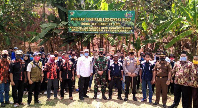 Program Pembinaan lingkungan hidup Kodim 0611/Garut TA 2020 di Cibiuk