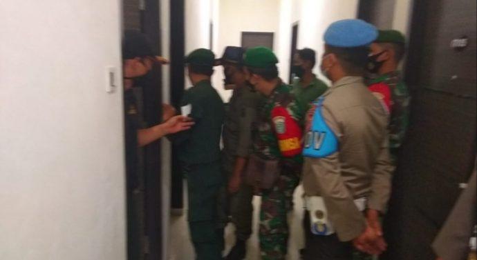 SATPOL PP WH DAN TIM GABUNGAN TNI/POLRI SERTA DINAS SOSIAL MELAKUKAN  RAZIA MALAM