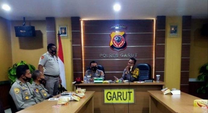 PNS ditangkap dan masuk sel Penjara akibat   Meminta uang pelicin untuk muluskan bantuan petani