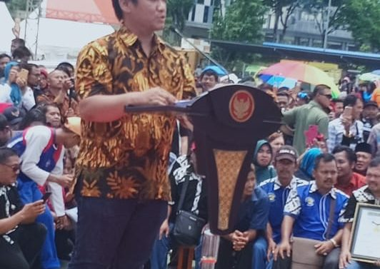 DAMPAK MOGOK PEDAGANG DAGING SAPI HARGA JADI TINGGI RIBUAN PEDAGANG BAKSO TERANCAM BANGKRUT