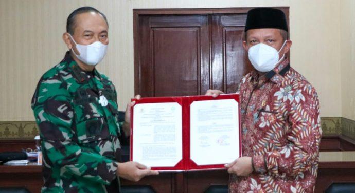 SESKO TNI LAKUKAN  MoU DENGAN UIN SUNAN GUNUNG DJATI BANDUNG BIDANG PERTAHANAN